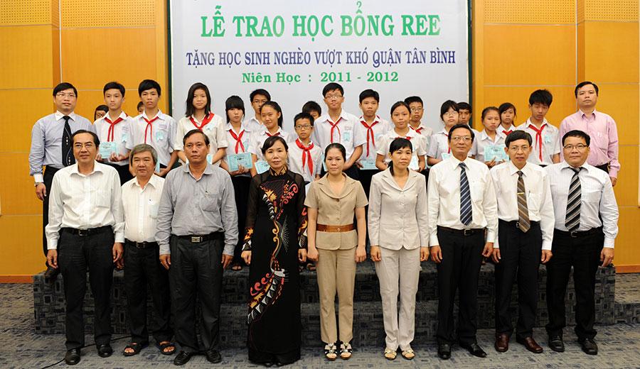 Học bổng REE 2011