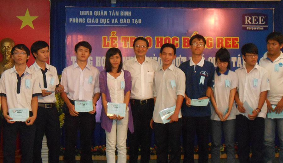Học bổng REE 2012
