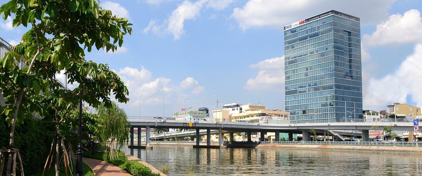 Kinh doanh và quản lý bất động sản cho thuê với tiêu chí cung cấp không gian xanh và chất lượng dịch vụ tốt nhất cho khách hàng
